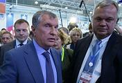 Rosneft CEO Igor Sechin (left)