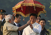 India's Prime Minister Narendra Modi and Chinese President XI Jinping