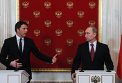 Italy's Prime Minister Matteo Renzi and Russian President Vladimir Putin