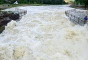 Так выглядит сейчас река Кума у села Отказное, которое находится под угрозой подтопления