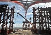 Во время строительства Бугринского (Оловозаводского) моста через реку Обь