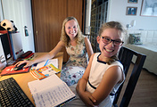 Аурелия Дакворт учит русский язык, проживая в российской принимающей семье