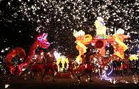 Танец огненного дракона в Шанцю, провинция Хэнань