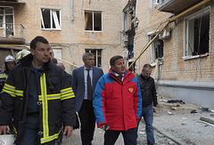 Губернатор Волгоградской области Андрей Бочаров (второй справа)