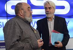 Председатель жюри международной литературной премии имени Фазиля Искандера Евгений Попов и председатель оргкомитета Борис Евсеев