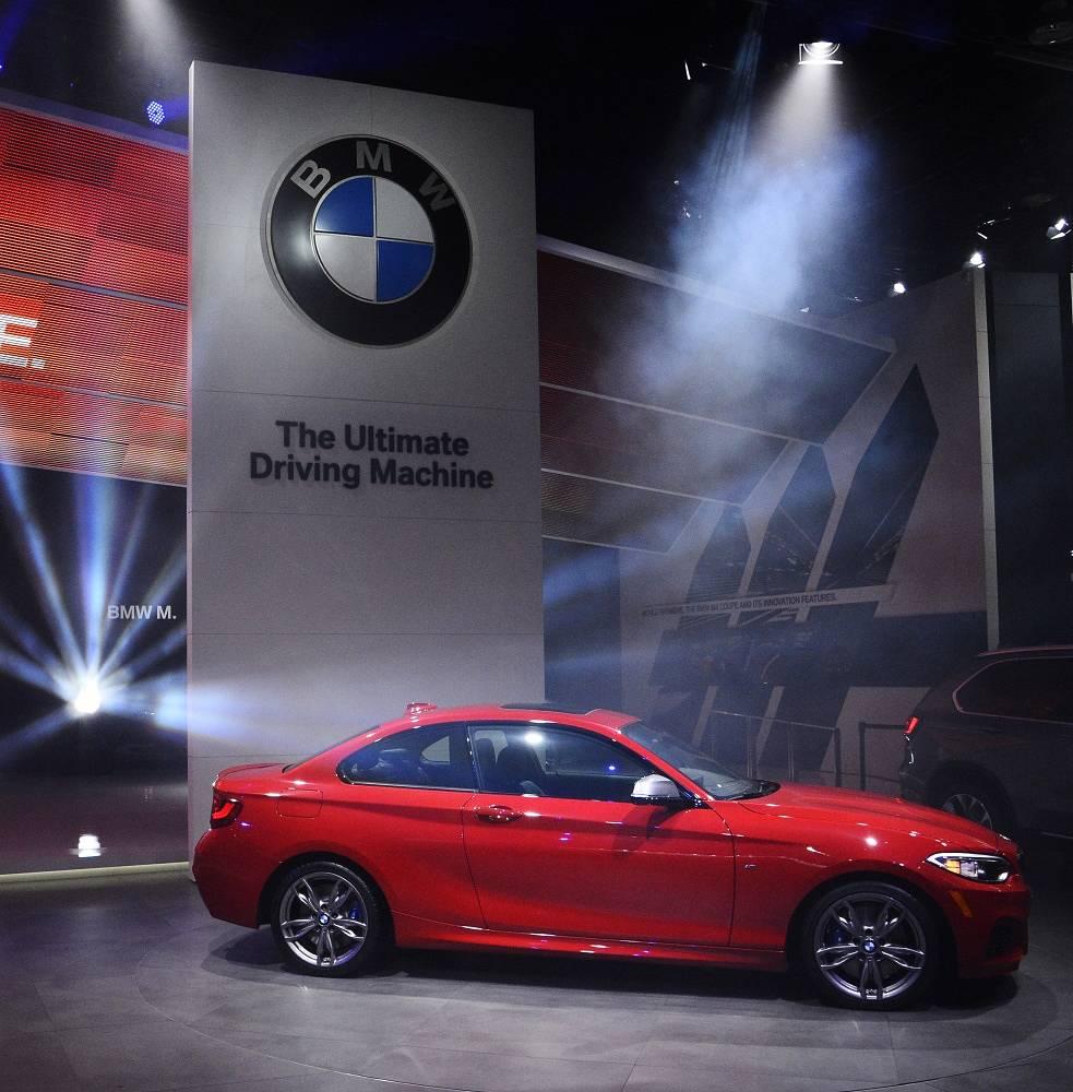 BMW M 235i presentation