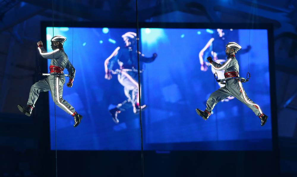 Actors perform during the Closing Ceremony of the Sochi 2014 Paralympic Games