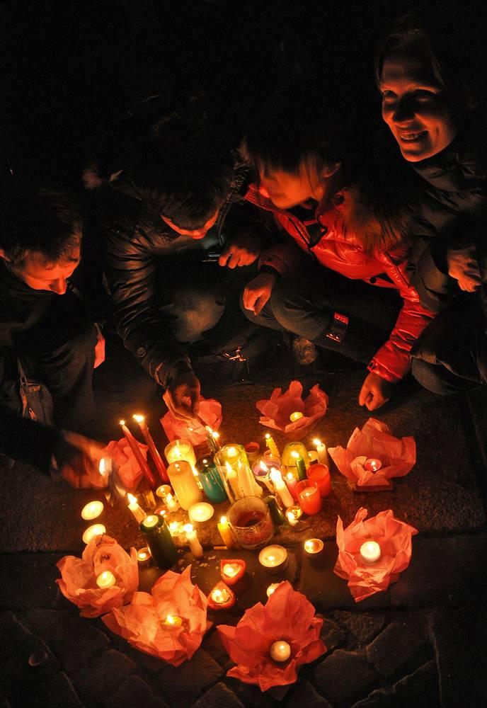 Earth Hour 2013 in Saint Petersburg