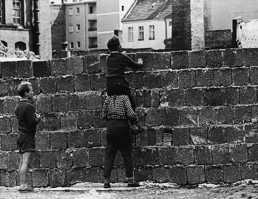 The majority of East Germans could not travel to West Germany, families were split, some people were cut off from their jobs