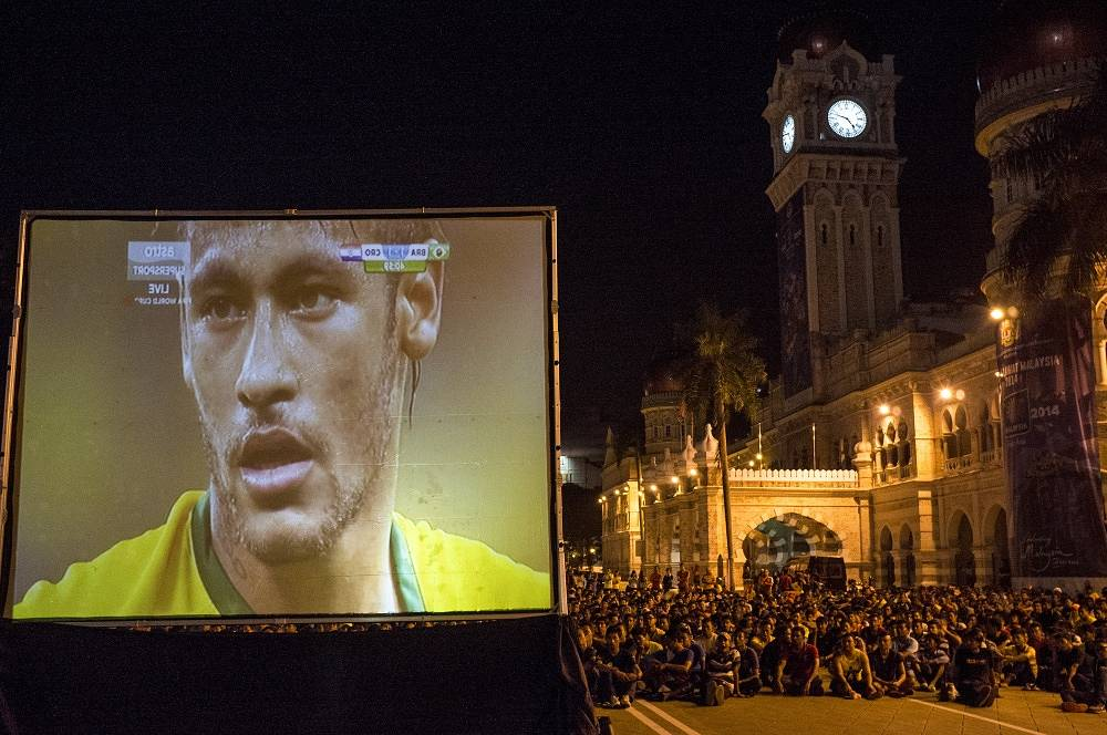 World Cup viewers in Kuala Lumpur, Malaysia