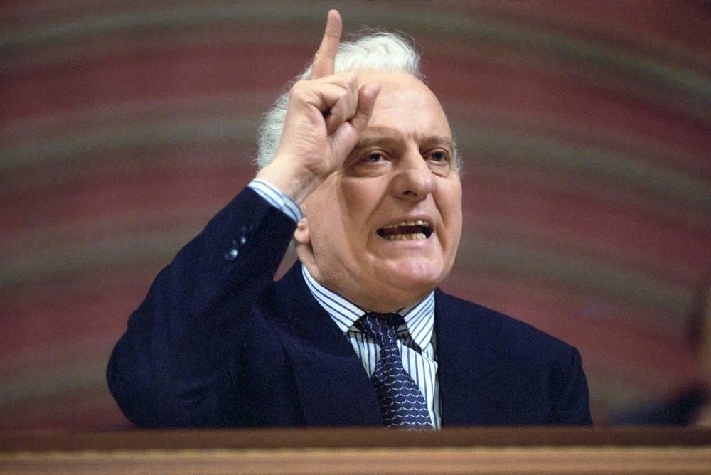 Eduard Shevardnadze  in 1990