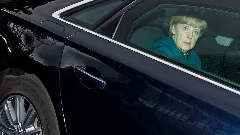 German Chancellor Angela Merkel drives an armoured Audi A8 L Security. She also has a BMW 760 Li E67 and a Mercedes-Benz S600 Guard V221 at her disposal