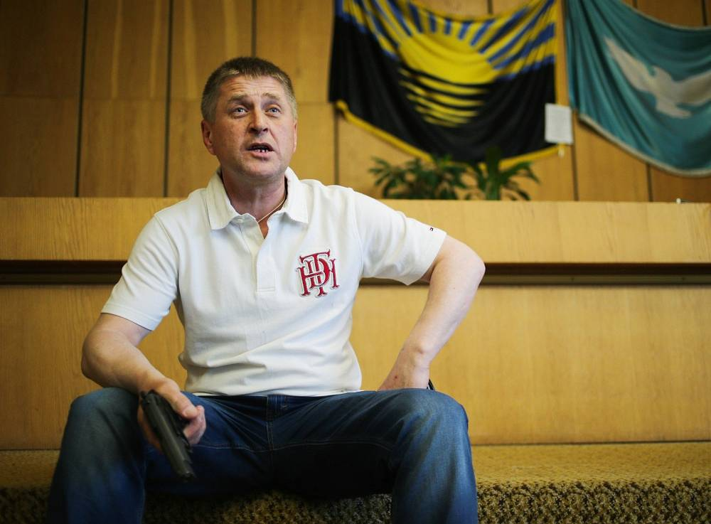 "Vyacheslav Ponomaryov, popular mayor of Sloviansk: ""If sanctions are not lifted, we shall completely deny them any access, and they will not get here. I will remind this once again to my guests from the OSCE. I believe, the EU will abandon the sanctions."""