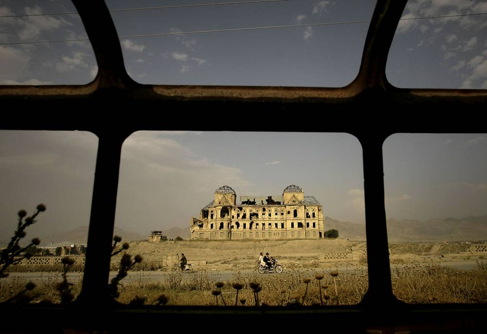 On August 19, 1919, Afghanistan achieved full independence from the British Empire. King Amanullah Khan declared Afghanistan a sovereign and fully independent state. Photo: ruins of the Darulaman Palace, the former palace of King Amanullah