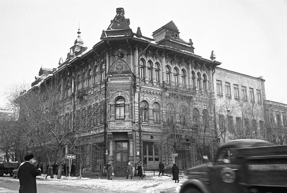 During the Great Patriotic War, a subsidiary of the  agency functioned in Kuybyshev (Samara). Photo: the building in Kuybyshev, where TASS was stationed during the war