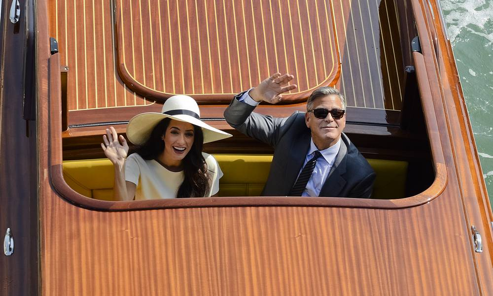 Most recently, Oscar de la Renta designed the gown worn by George Clooney's wife Amal Alamuddin at her wedding