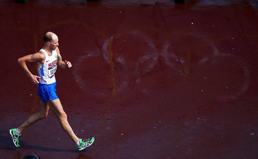 Photo: Gold-medallist Sergey Kirdyapkin of Russia competes during the men's 50-kilometer race walk competition at the 2012 Summer Olympics