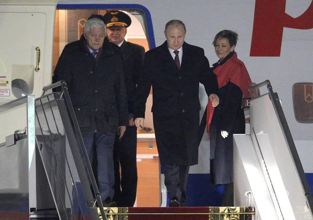 Vladimir Putin arriving in Minsk