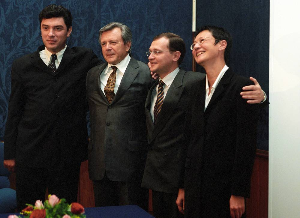 In August 1999 Nemtsov became one of the co-founders of the Union of Rightist forces, a new liberal-democratic coalition. Photo: Leaders of political organizations Boris Nemtsov, Konstantin Titov, Sergey Kiriyenko and Irina Khakamada after they signed a document on the establishment of the coalition Union of Right Forces, 1999