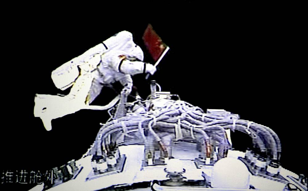 In 2008 CNSA astronaut Zhai Zhigang became the first Chinese citizen to carry out a spacewalk. Photo: Zhai Zhigang walking outside the orbit module of the Shenzhou-7 spacecraft for a spacewalk