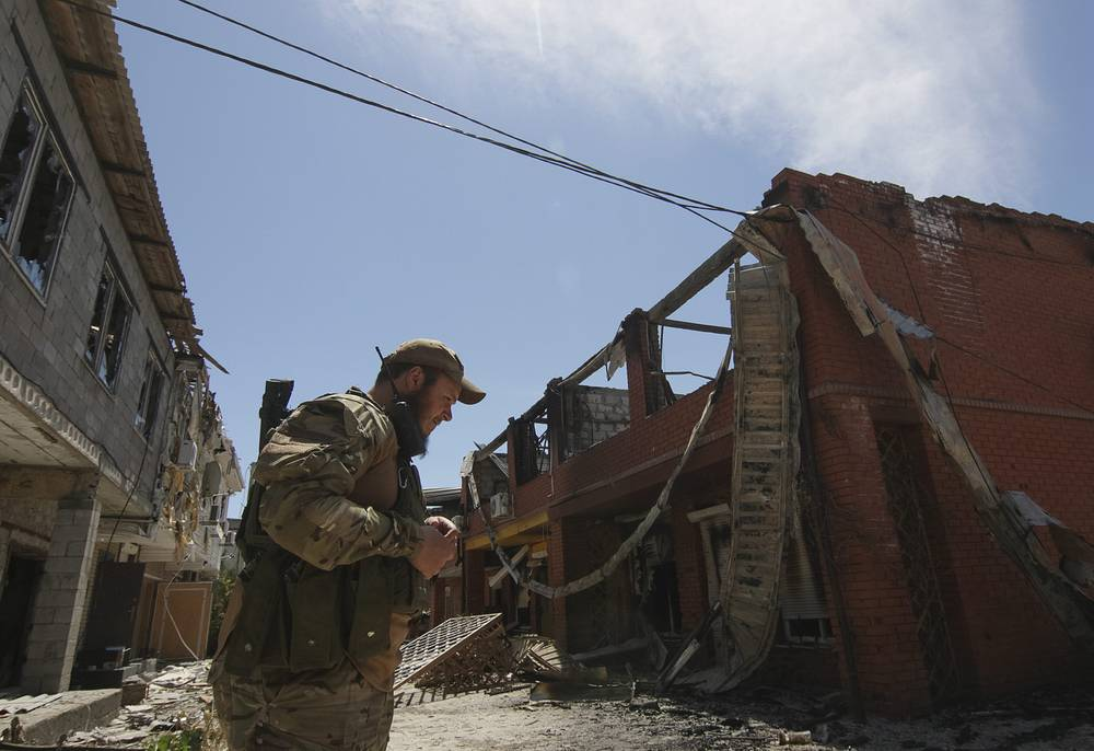 Shirokino village after the shelling, 07 June 2015