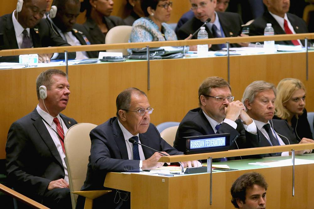 Russian Foreign Minister Sergei Lavrov and members of the Russian delegation to the United Nations listening to US President Barack Obama