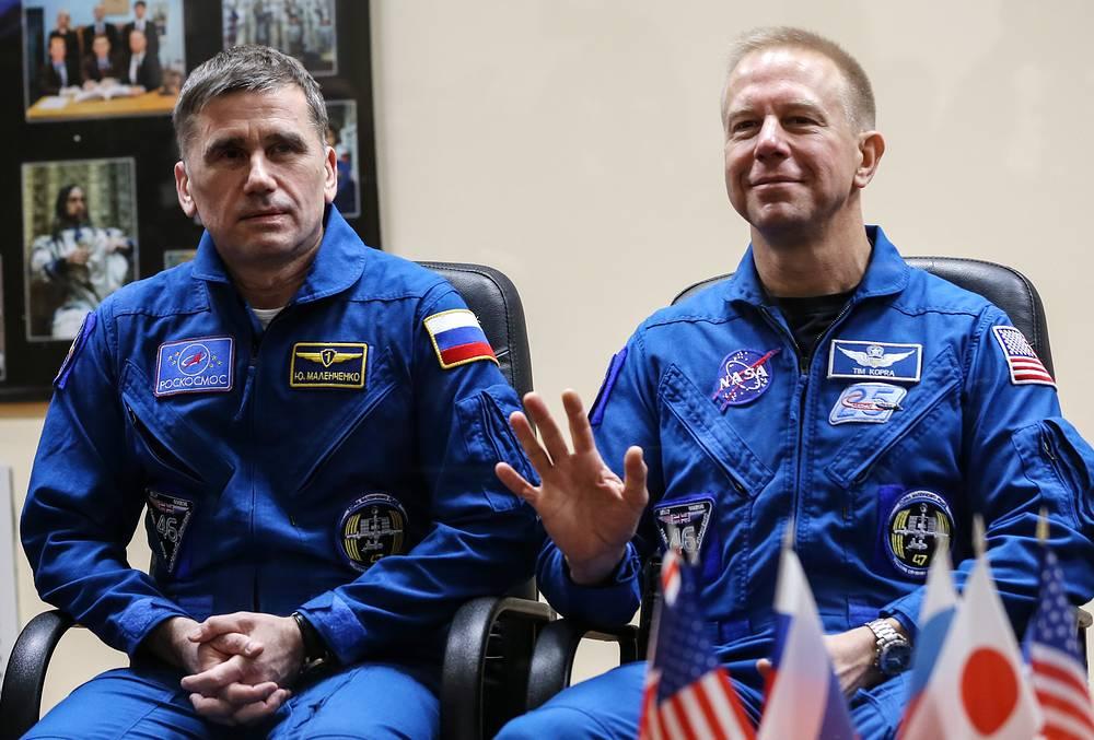 Russian cosmonaut Yuri Malenchenko and US NASA astronaut Timothy Kopra