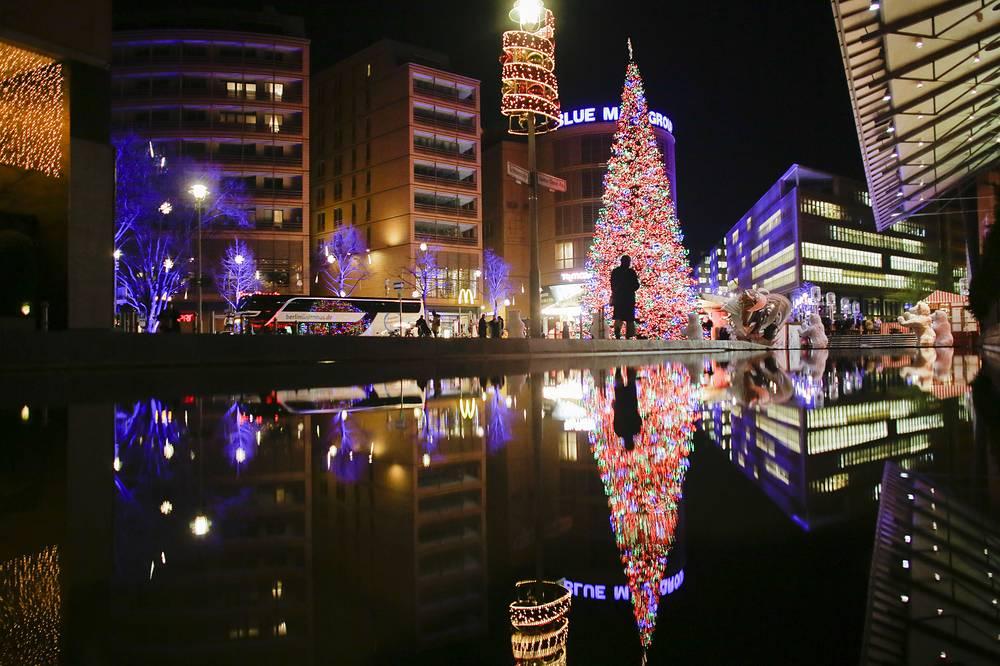 Christmas tree at Potsdamer Platz in Berlin
