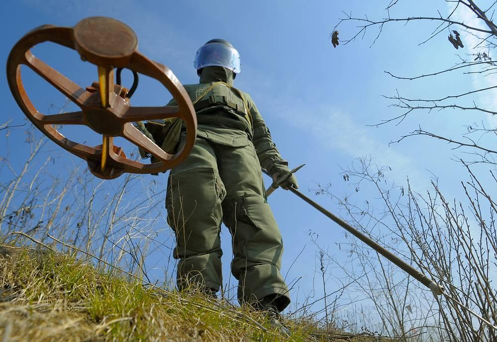 Mine clearance at Mamayev Kurgan Memorial in Volgograd