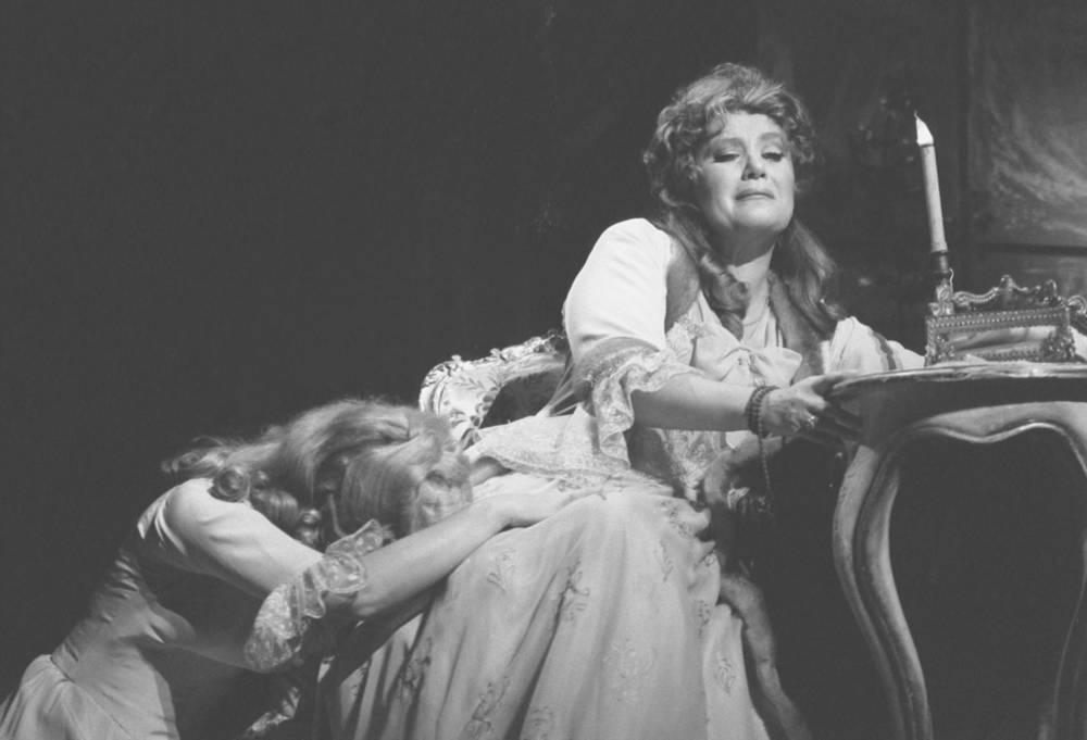 Mezzo-soprano Elena Obraztsova as Charlotte performing in the Werther opera by Jules Massenet, 1986