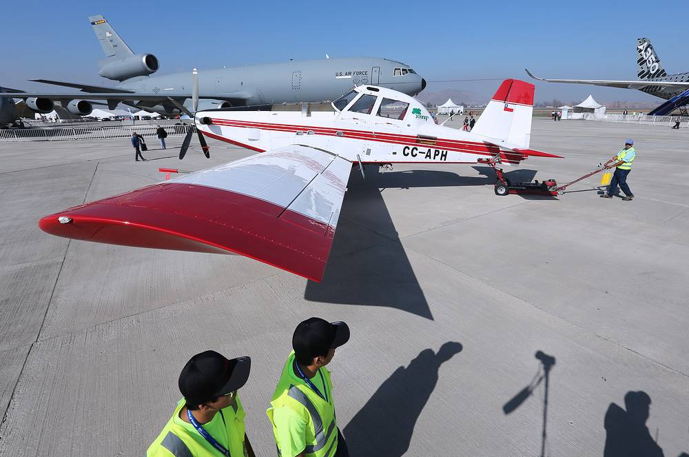 An Air Tractor AT-802F single engine air tanker