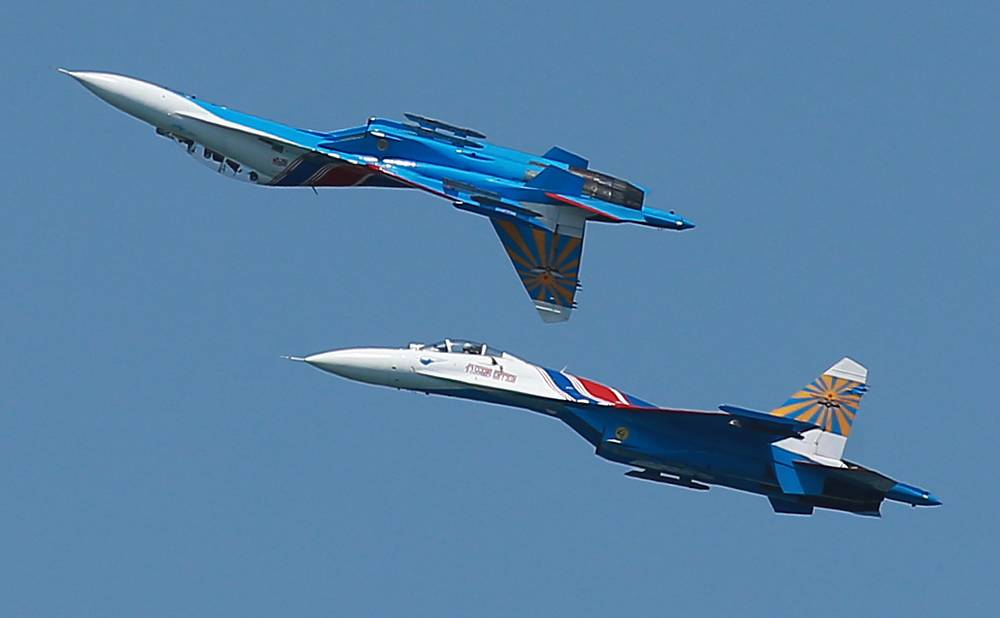 Su 27 fighter jets from the Russkiye Vityazi [Russian Knights] aerobatic team