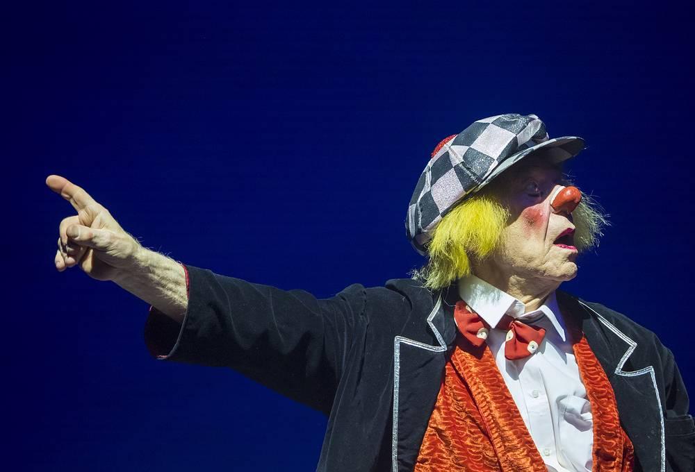 Russia's world-famous 'sunshine clown' Oleg Popov died at 86 on November 2