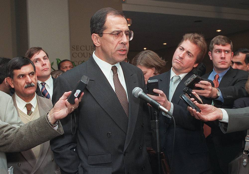 From 1994 to 2004, Sergei Lavrov worked as Russian ambassador to the United Nations. Photo: Russian Ambassador Sergey Lavrov speaks to the press after a meeting of the Security Council ,1997
