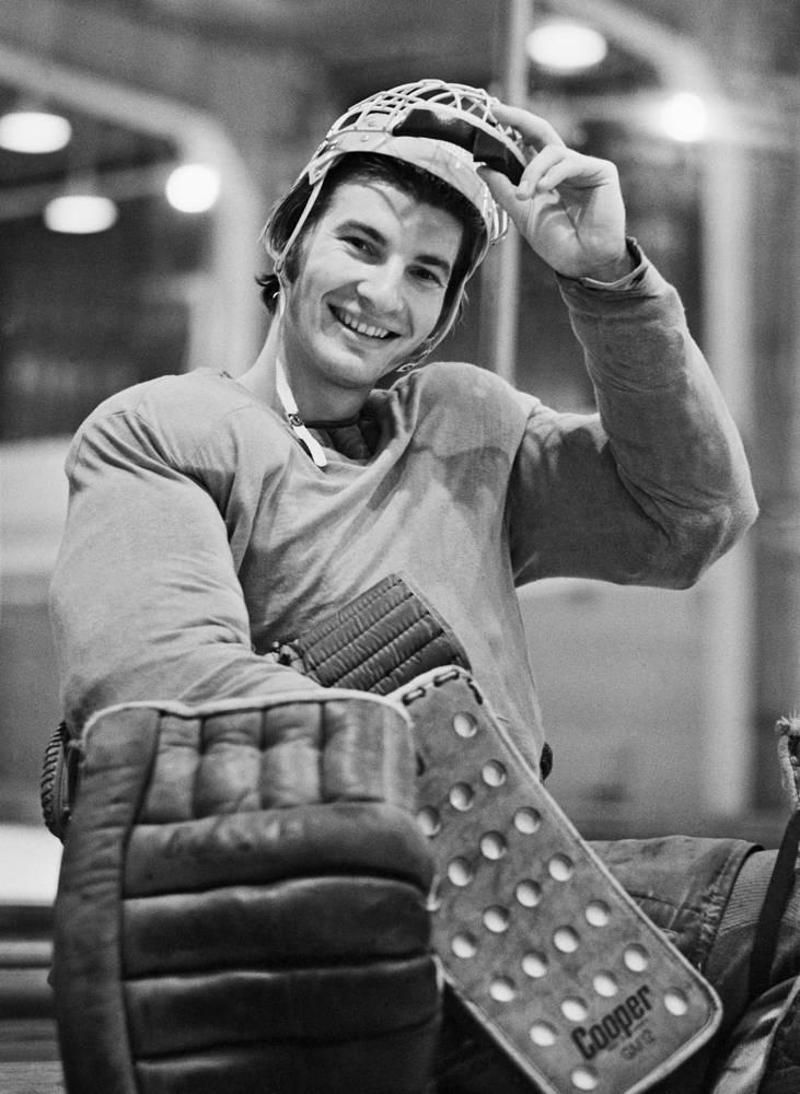 CSKA and the Soviet team goaltender Vladislav Tretyak, 1974