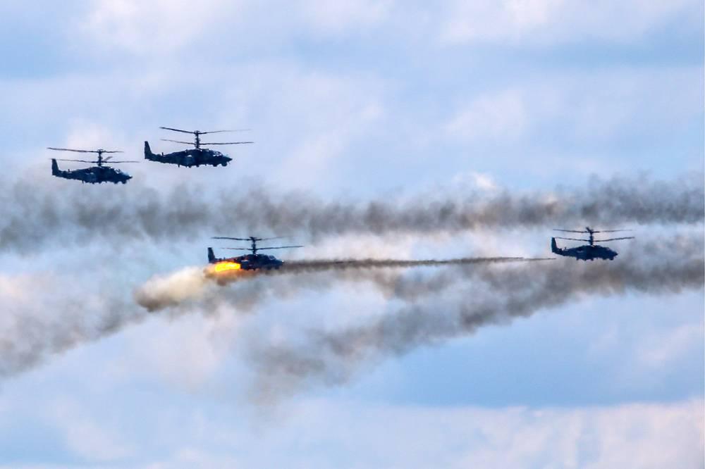 Kamov Ka-52 Alligator attack helicopters