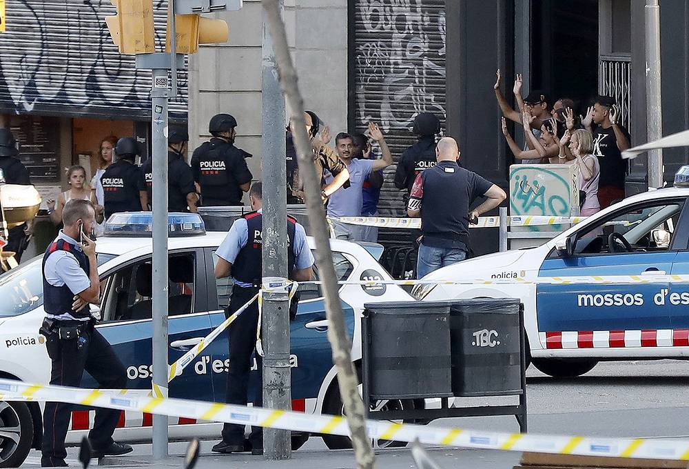 On August 17, around 17:00 local time (18:00 Moscow time) a van crashed into a crowd in Barcelona's famous Placa Catalunya square at La Rambla area