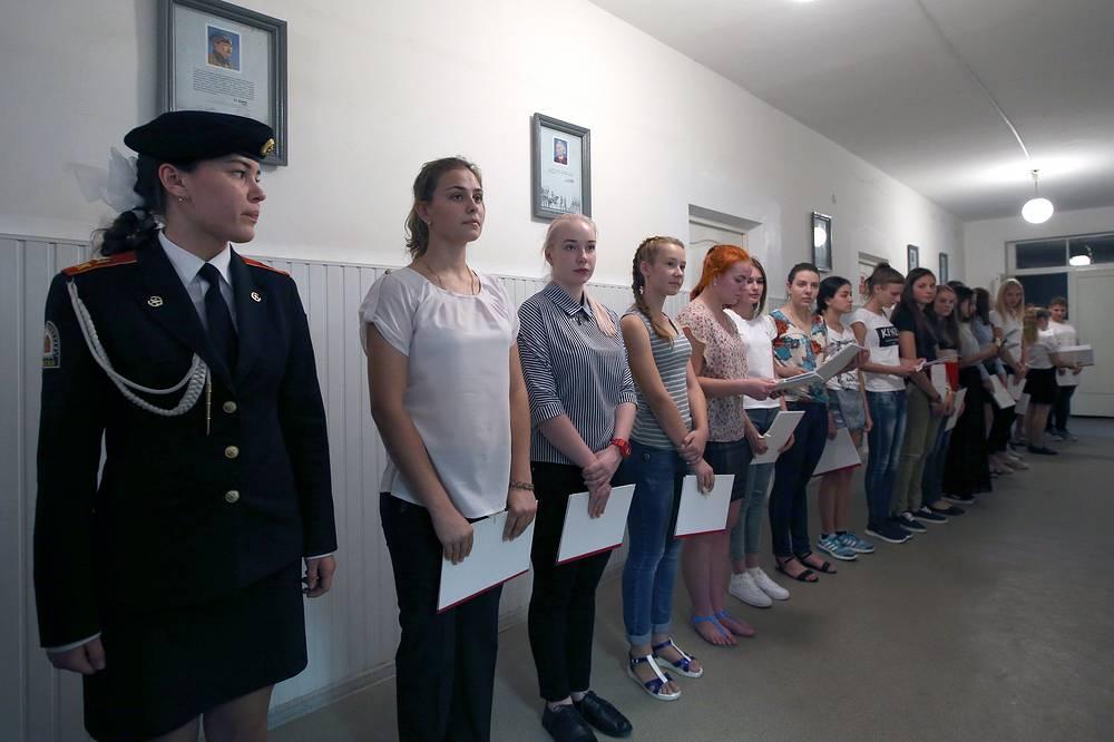 Female applicants at the Krasnodar High military aviation school for pilots