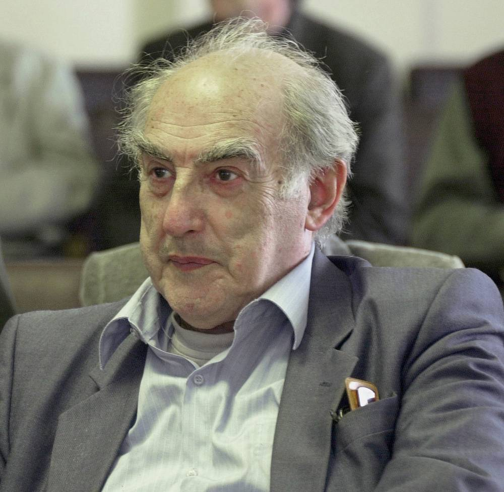 """Vitaly Ginzburg was awarded the Nobel Prize in Physics 2003 jointly with Alexei Abrikosov and Anthony J. Leggett """"for pioneering contributions to the theory of superconductors and superfluids"""""""