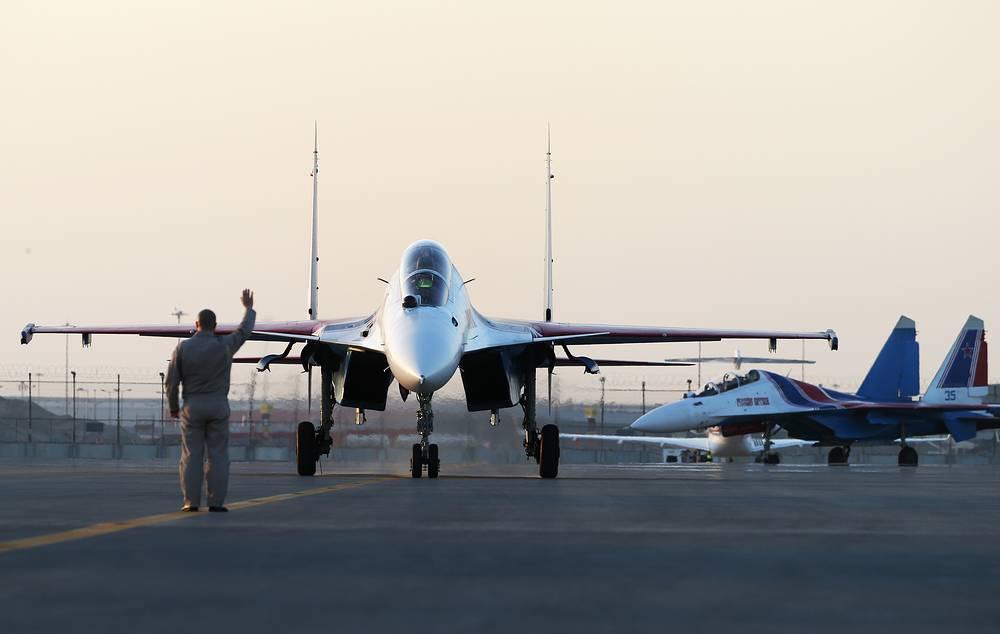 Sukhoi Su-30SM jet fighters of the Russkiye Vityazi aerobatic team