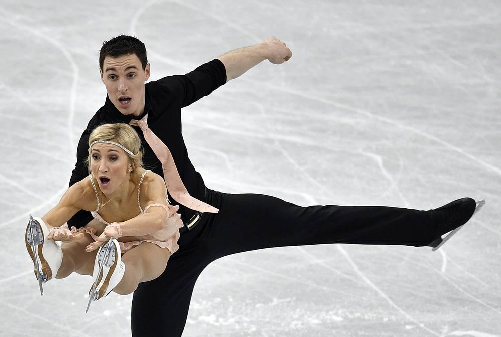 Aljona Savchenko and Bruno Massot of Germany perform during the Pairs Short Program of the ISU Grand Prix of Figure Skating Final 2017 in Nagoya, Japan, December 7