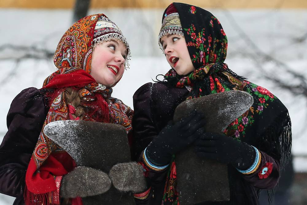 Traditional Christmas carolling in Ryazan, Russia