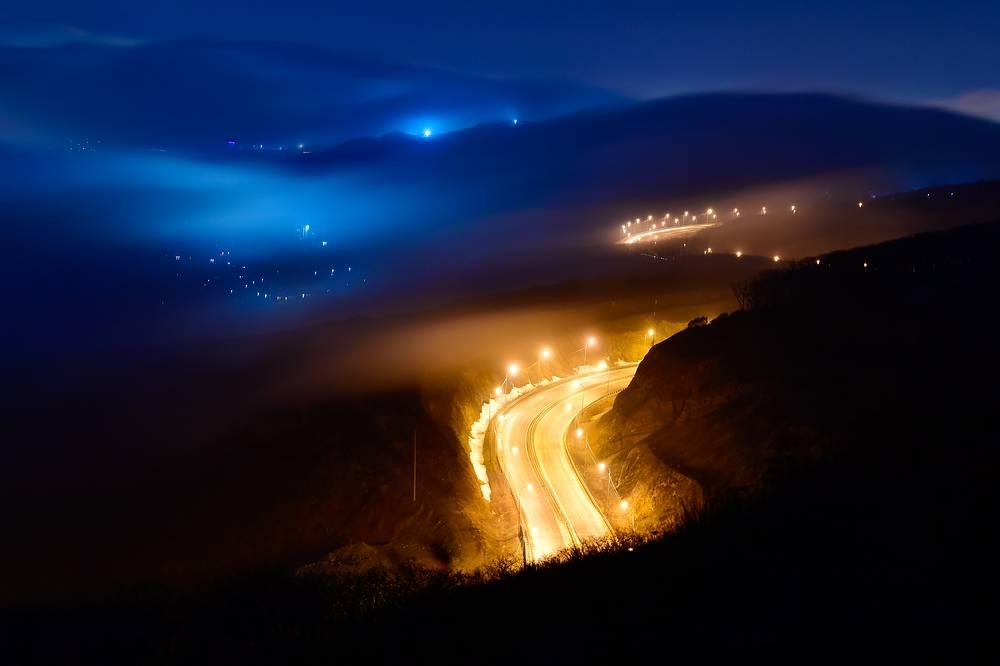 Fog settled over the city of Vladivostok, Russia, March 27