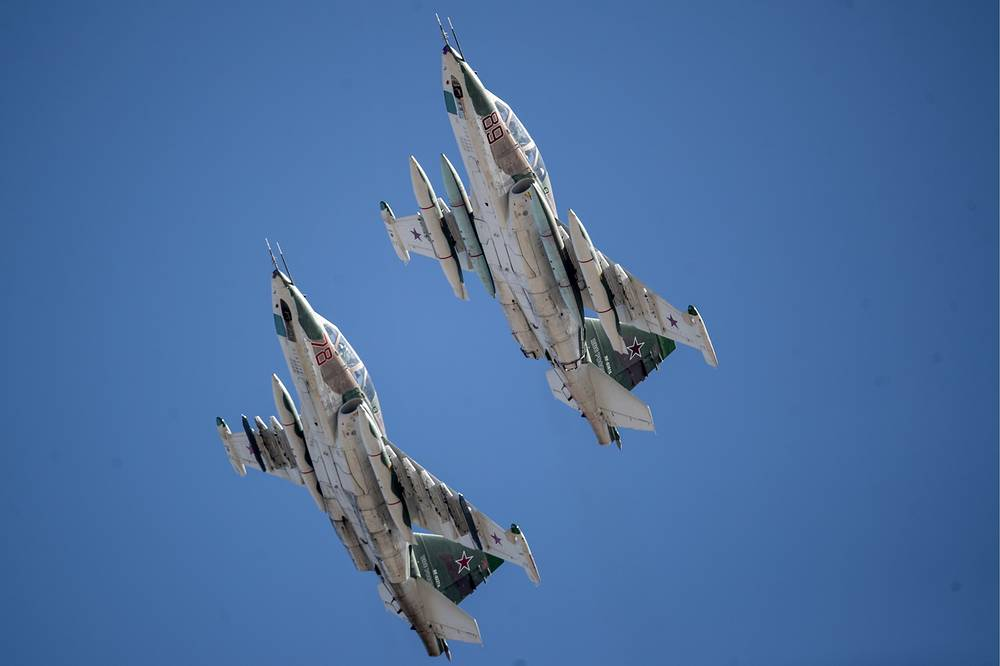 MiG-29UB fighter jets rehearse an air show at the Kubinka air base
