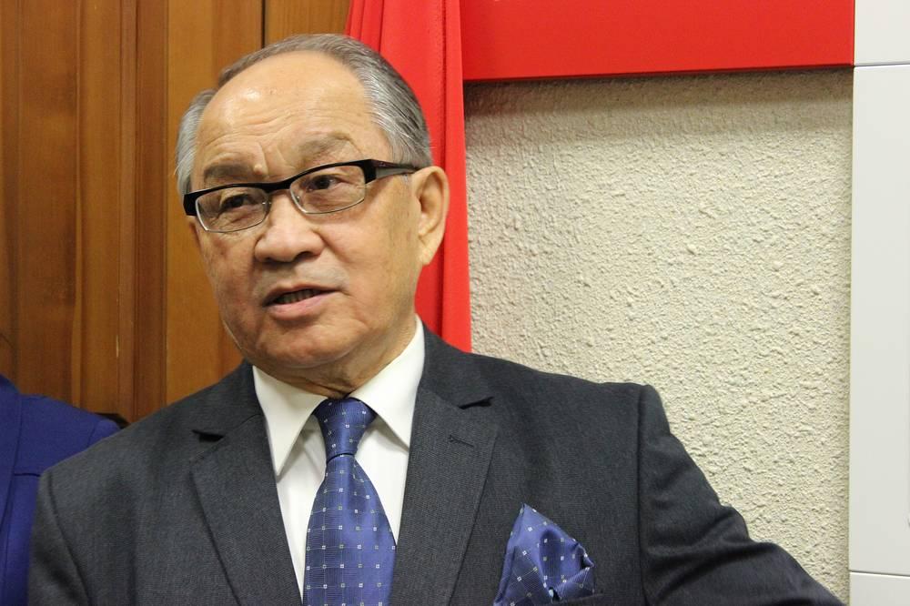 Представитель Казахского национального технического университета им. К.И. Сатпаева Махcат Алинов, почетный выпускник УрФУ