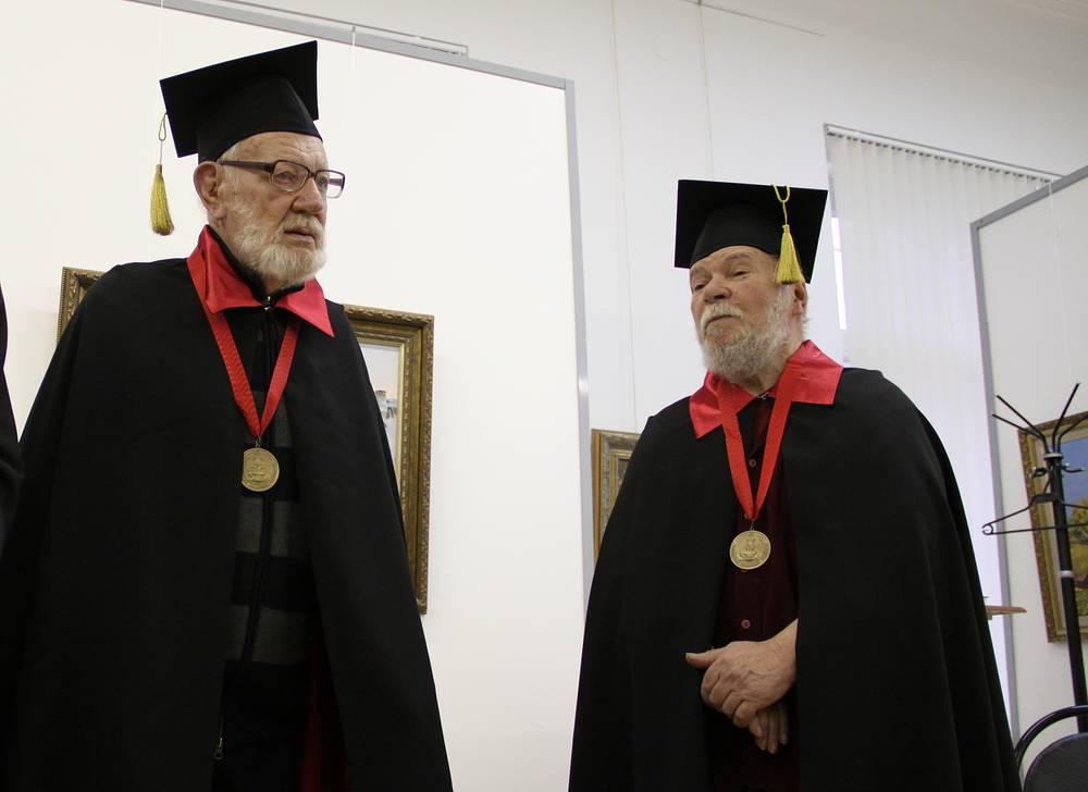Почетные Академики Российской Академии Художеств Игорь Симонов и Миша Брусиловский (слева направо)