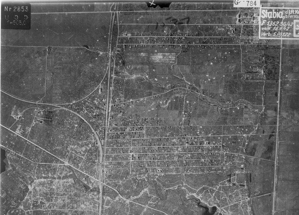 Немецкая аэрофотосъемка города Урицка (в настоящее время входит в состав Красносельского района Санкт-Петербурга).