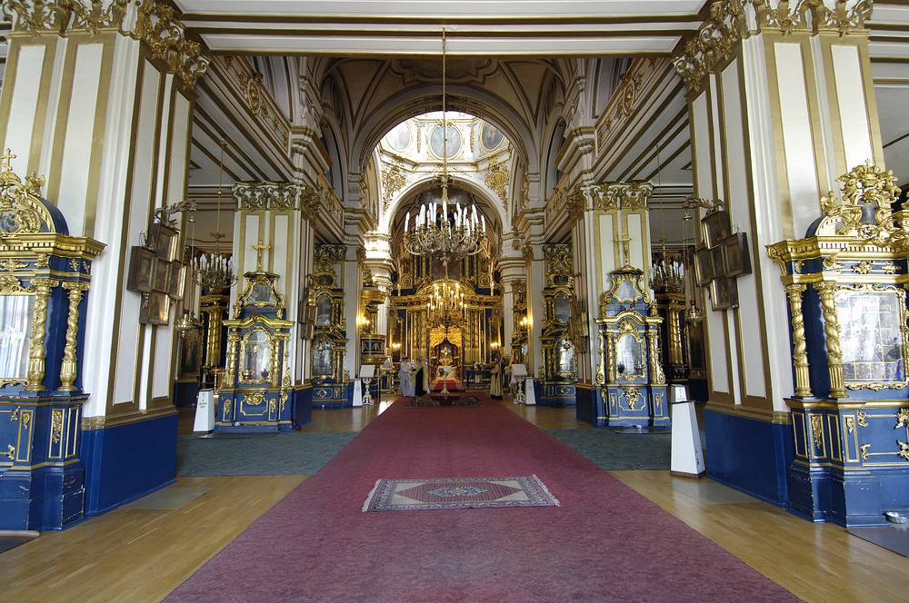 Николо-Богоявленский Морской собор. Интерьер Верхнего храма.
