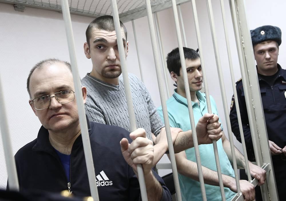 Сергей Кривов, Степан Зимин и Андрей Барабанов, обвиняемые по делу о массовых беспорядках на Болотной площади 6 мая 2012 года