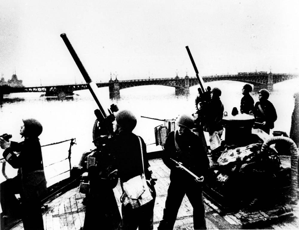 Морские зенитчики. 1942 г.